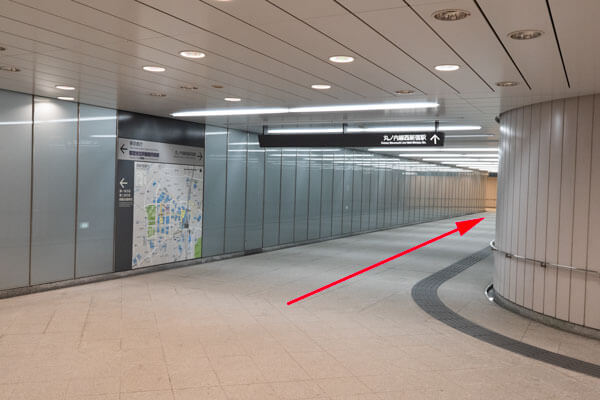 ヒルトン東京アクセス 都庁前駅から11